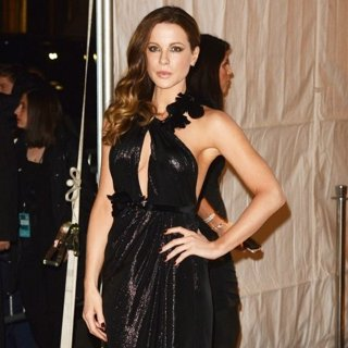 Kate Beckinsale Pictures with High Quality Photos