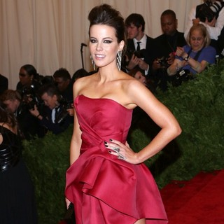 Kate Beckinsale in PUNK: Chaos to Couture Costume Institute Gala