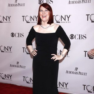 Kate Flannery in The 65th Annual Tony Awards - Arrivals