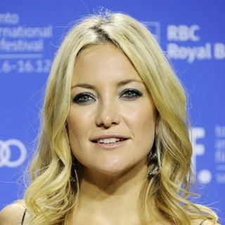Kate Hudson in 2012 Toronto Film Festival - The Reluctant Fundamentalist - Photocall - kate-hudson-2012-toronto-film-festival-02