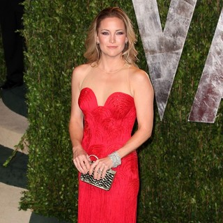 Kate Hudson in 2012 Vanity Fair Oscar Party - Arrivals