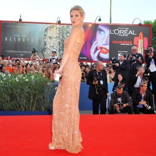 The 69th Venice Film Festival - The Reluctant Fundamentalist - Premiere - Red Carpet - kate-hudson-69th-venice-film-festival-02