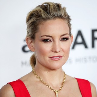 Kate Hudson in amfAR 3rd Annual Inspiration Gala - kate-hudson-amfar-3rd-annual-inspiration-gala-01