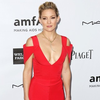 Kate Hudson in amfAR 3rd Annual Inspiration Gala - kate-hudson-amfar-3rd-annual-inspiration-gala-05