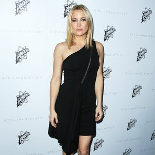 Kate Hudson in Stella McCartney Autumn 2016 Collection Event