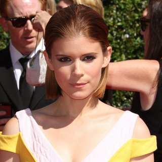 Kate Mara in 2014 Creative Arts Emmy Awards - Arrivals - kate-mara-2014-creative-arts-emmy-awards-01