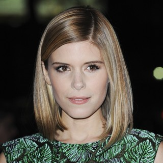 Kate Mara in Premiere of Warner Bros. Pictures' Her - Red Carpet