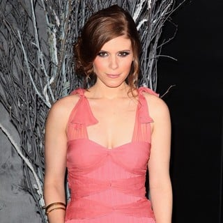 Kate Mara in New York Premiere of The Girl with the Dragon Tattoo - Arrivals