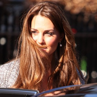 Kate Middleton in Kate Middleton Leaves Hope House