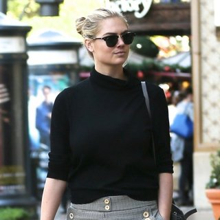 Kate Upton Shopping at The Grove