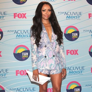 Katerina Graham in The 2012 Teen Choice Awards - Press Room