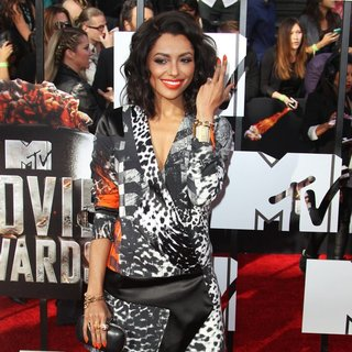 Katerina Graham in MTV Movie Awards 2014 - Arrivals - katerina-graham-mtv-movie-awards-2014-03