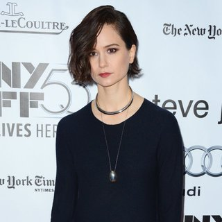 Katherine Waterston in 53rd New York Film Festival - Steve Jobs - Premiere - Red Carpet Arrivals