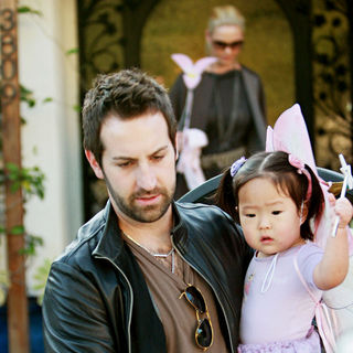 Katherine Heigl, Josh Kelley in Katherine Heigl Leaves Her Home and Heads Off with Her Family to A Halloween Party