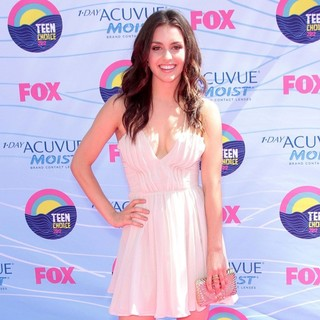 Kathryn McCormick in The 2012 Teen Choice Awards - Arrivals