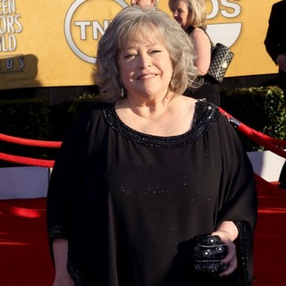 Kathy Bates in The 18th Annual Screen Actors Guild Awards - Arrivals
