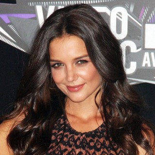 Katie Holmes in 2011 MTV Video Music Awards - Arrivals