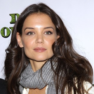 Katie Holmes - Meet and Greet for The Broadway Comedy Dead Accounts