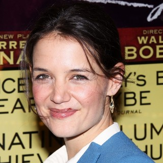 Katie Holmes in Opening Night Performance of The Other Place - Arrivals - katie-holmes-opening-night-the-other-place-01