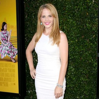 Katie Leclerc in World Premiere of The Help - katie-leclerc-premiere-the-help-02