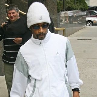 Katt Williams - Katt Williams Leaves His Hotel in Manhattan