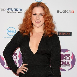 Katy B in The MTV Europe Music Awards 2011 (EMAs) - Arrivals - katy-b-mtv-europe-music-awards-2011-02