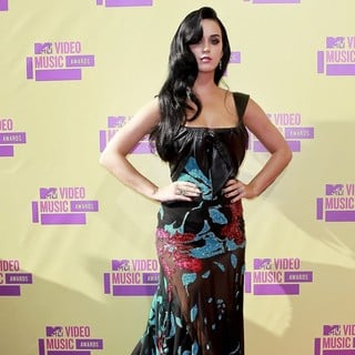 Katy Perry in 2012 MTV Video Music Awards - Arrivals