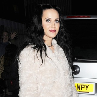 Katy Perry in Katy Perry Leaving The Roundhouse