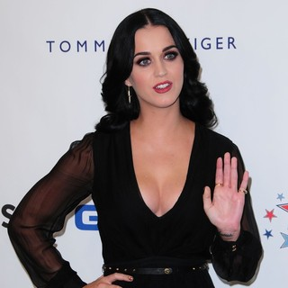 Katy Perry in Comedy Central's Night of Too Many Stars: America Comes Together for Autism Programs - Arrivals