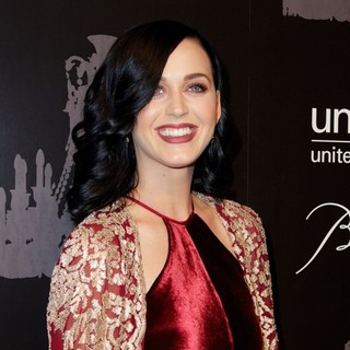 Katy Perry in The U.S. Fund for UNICEF Hosts Its Ninth Annual UNICEF Snowflake Ball
