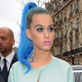 Katy Perry - Paris Fashion Week Autumn-Winter 2012 - Miu Miu - Departures