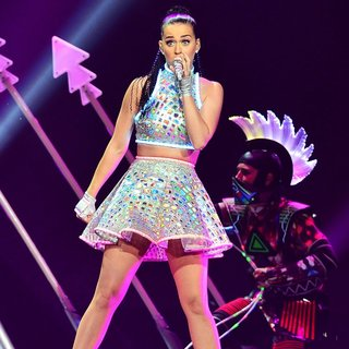Katy Perry Performs Live in Concert