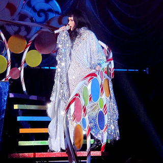 Katy Perry in Katy Perry Performing Her 'Californian Dreams Tour'