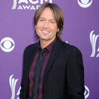 Keith Urban in 2012 ACM Awards - Arrivals