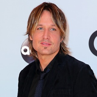 Keith Urban in 47th Annual CMA Awards - Red Carpet