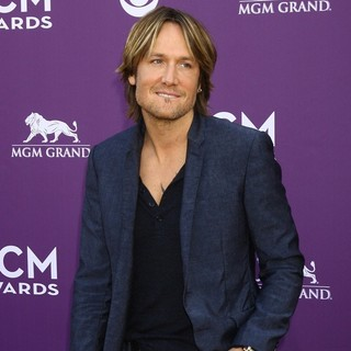 Keith Urban in 48th Annual ACM Awards - Arrivals