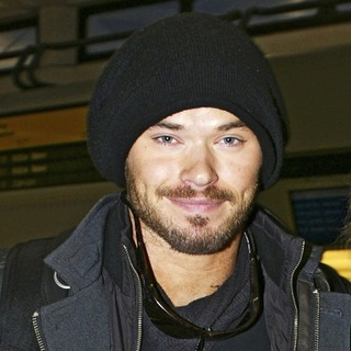 Kellan Lutz in Kellan Lutz Arrives at Berlin Tegel Airport