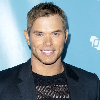 Kellan Lutz in The 55th Annual GRAMMY Awards - mPowering Action Featuring Performances by Timbaland and Avicii