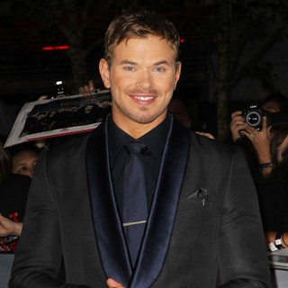 Kellan Lutz in The Premiere of The Twilight Saga's Breaking Dawn Part II