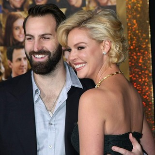 Josh Kelley, Katherine Heigl in Los Angeles Premiere of New Year's Eve