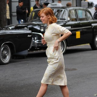 Kelli Garner in Kelli Garner on The Set of Pan Am Filming on Location in Brooklyn