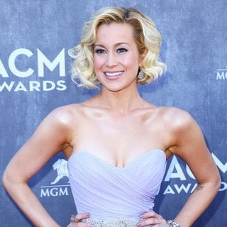 Kellie Pickler in 49th Annual Academy of Country Music Awards - Arrivals - kellie-pickler-49th-annual-academy-of-country-music-awards-06