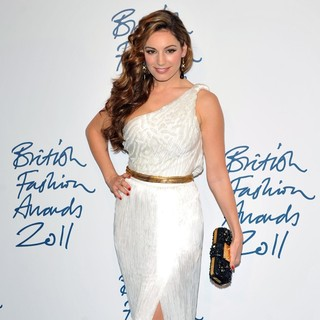 Kelly Brook in British Fashion Awards 2011 - Arrivals