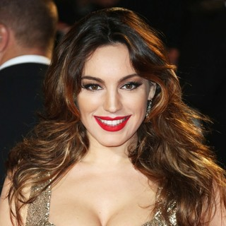 Kelly Brook in World Premiere of Skyfall - Arrivals