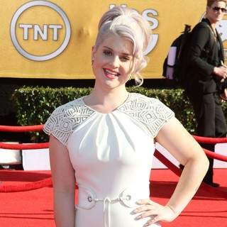 Kelly Osbourne in The 18th Annual Screen Actors Guild Awards - Arrivals