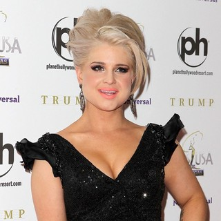 Kelly Osbourne in 2011 Miss USA Pageant - Red Carpet Arrivals