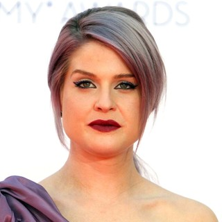 Kelly Osbourne in 64th Annual Primetime Emmy Awards - Arrivals