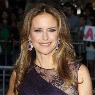 Kelly Preston in The Premiere of Savages - kelly-preston-premiere-savages-01