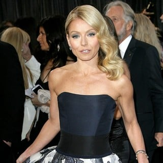 Kelly Ripa in The 85th Annual Oscars - Red Carpet Arrivals