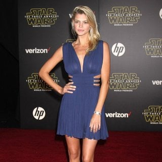 Kelly Rohrbach in Premiere of Star Wars: The Force Awakens